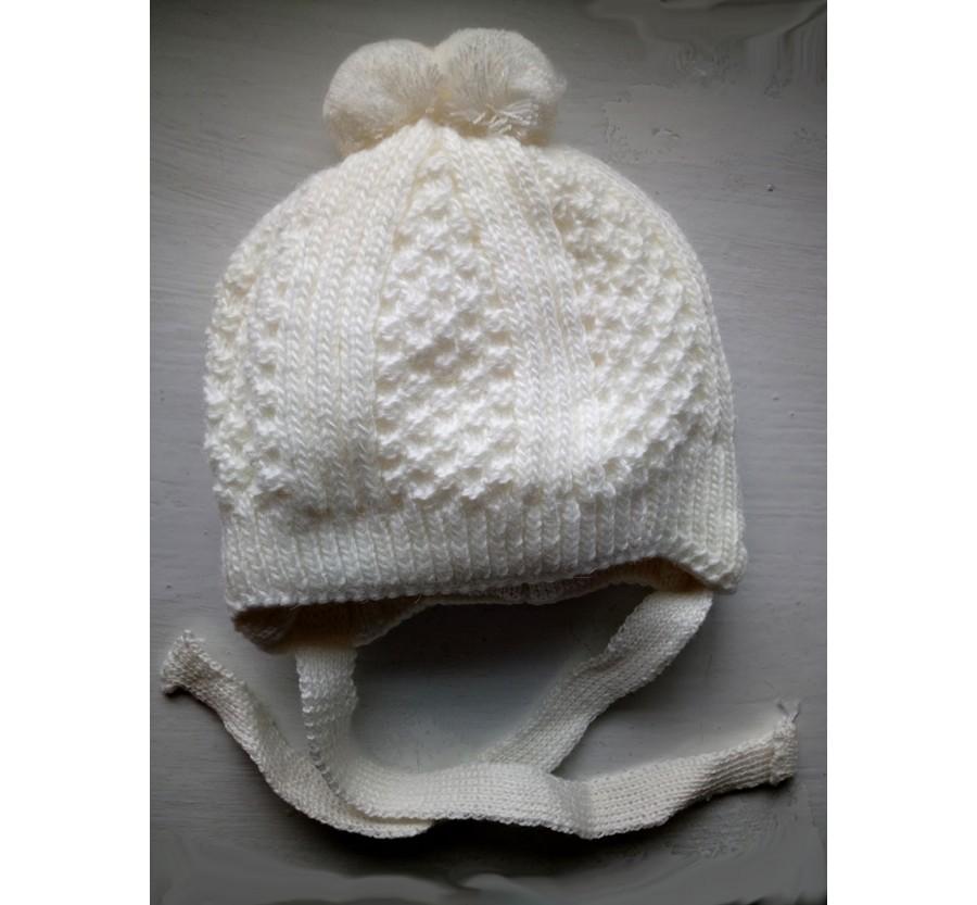 Шапочка вязанная зимняя  для новорождённых, размер 35-39 (0-3мес), на плюшевой подкладке, Молочная (для мальчика)